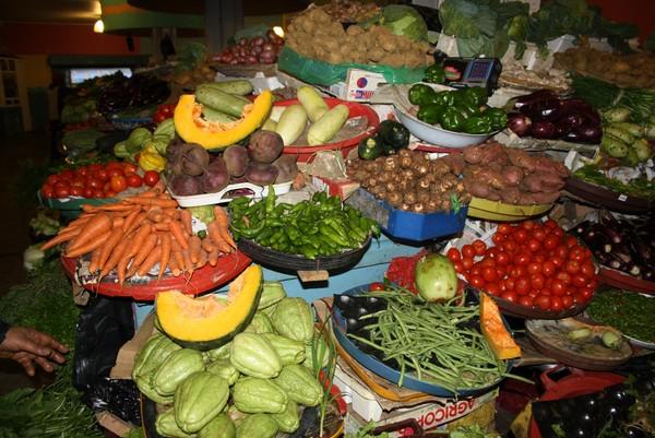 marché aux légumes de St Pierre.jpg