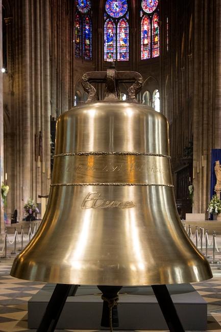 la cloche Etienne.png