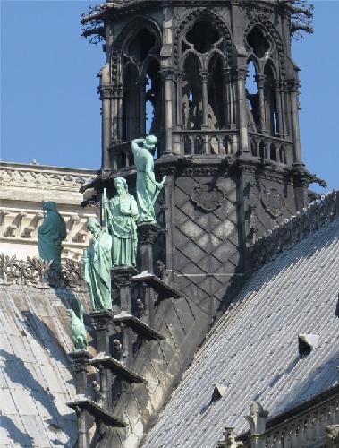 C20 Viollet-le-Duc en Saint Thomas.jpg