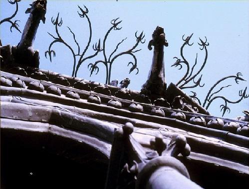 C26 Gargouilles grimaçantes du 1er étage de la flèche.jpg