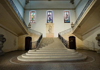 16 - Escalier d'honneur de l'Inguimbertine.jpg
