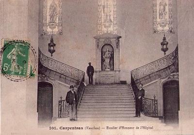 17 - Escalier_d'honneur.jpg