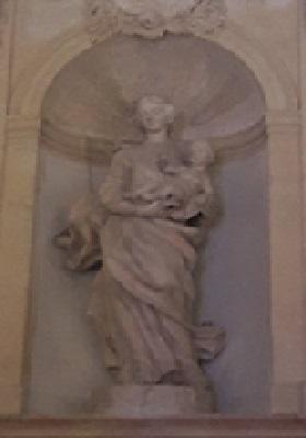 21 - Statue mère et enfant.jpg