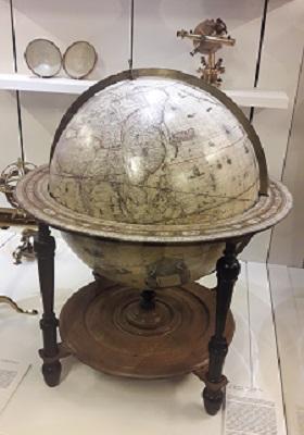 61 - Globe terrestre.jpg