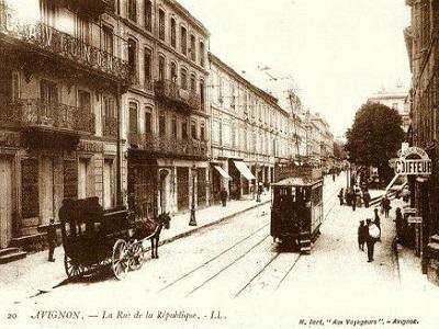 8 - 10 - TRAM EN 1899 AVIGNON SORGUES.jpg
