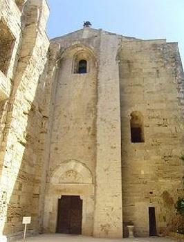 11 - 20 - Entrée Cathedrale Maguelonne.jpg