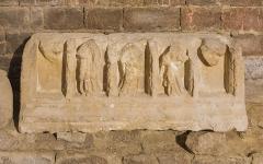 32 - 6 - Sarcophage romain 51.jpg