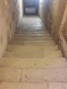 40 - 5 - Escalier Tribune.jpg