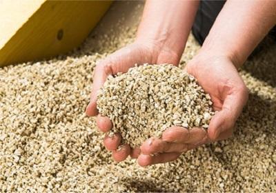 1 - 23 - 3 - Vermiculite.jpg