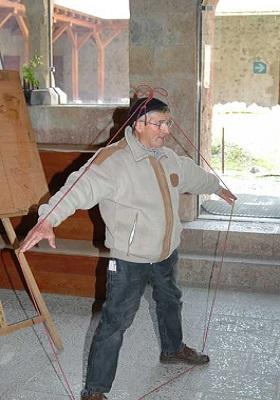 Frère Isidore Ducasse avec sa corde.jpg