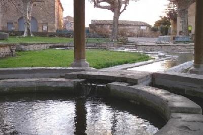 fontaine de St Bonnet 2.jpg