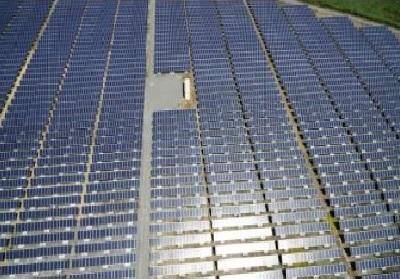 6 - 23 - panneaux solaires Salin.JPG
