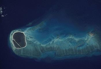 50 - Grande Glorieuses vue de la station spatiale 350 x 240.JPG