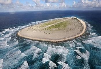61 - Tromelin l'île des esclaves oubliés 350 x 240.jpg