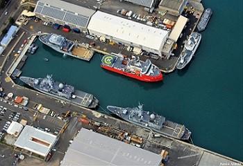 3 - 3 - Port militaire de la ponte des galets.jpg