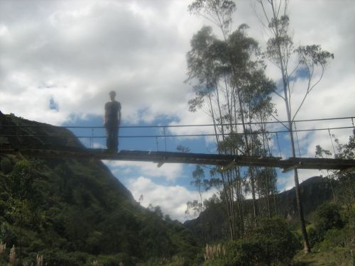 ou des ponts suspendus