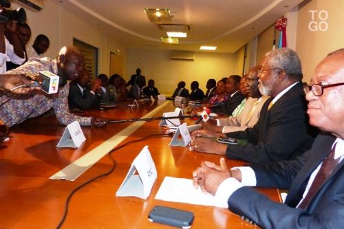Dialogue (photo Republic of Togo).jpg