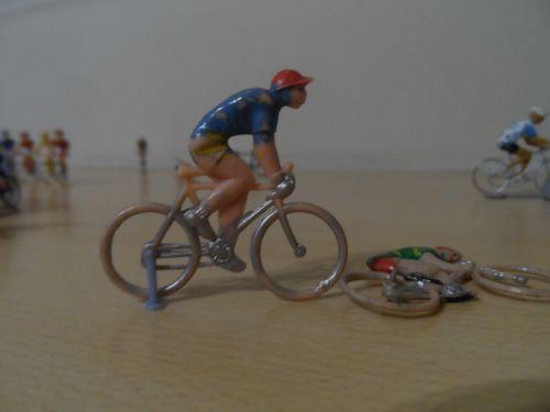 stebel 001 - cyclistes de marque inconnue