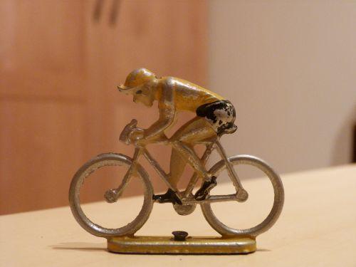 clabel 002 - Aludo maillot jaune