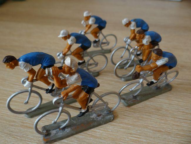 val35 - 016 Bleuets de France