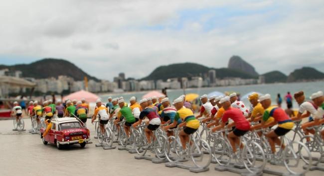 lud78 002 - Le peloton à Coppa Cabana