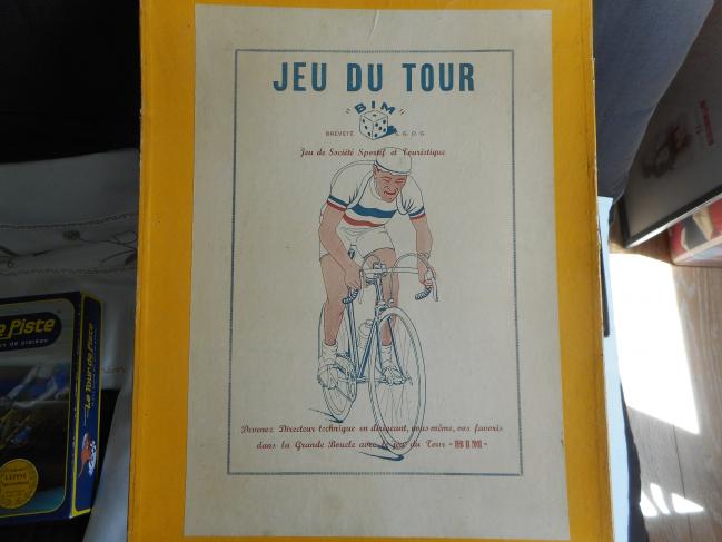 Les jeux : Jeu du Tour BIM (probablement Bim Diedrich) avec des cyclistes Roger (PR)