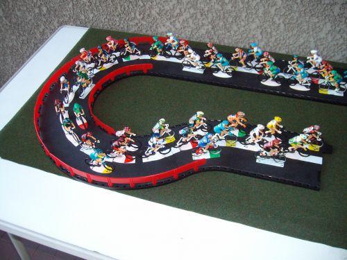 c 02 - 2000-Sportgoodies