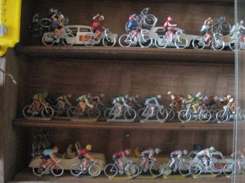 n 15 - 404 salza ,cyclistes starlux