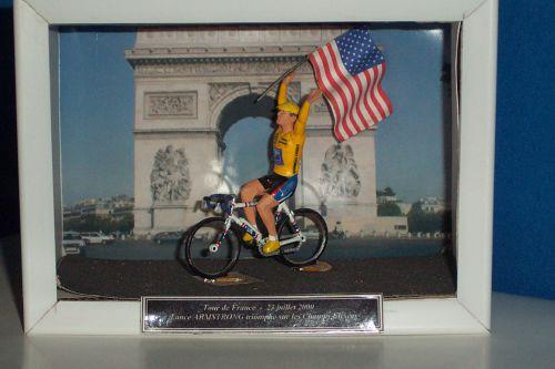 x 02 - Diorama Armstrong à Paris