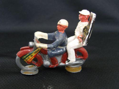 x 08 - motard salza et son ardoisier