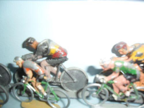 ric06 003 - cyclistes L.R (pour Louis Roussy circa 30/40)