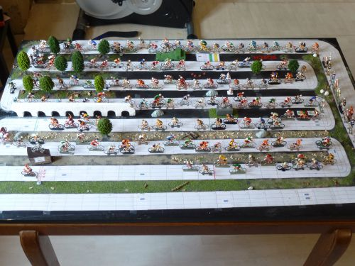den32 01 : Le plateau de jeu et le peloton