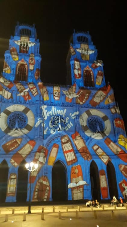 Cathédrale Orleans aux couleurs festival