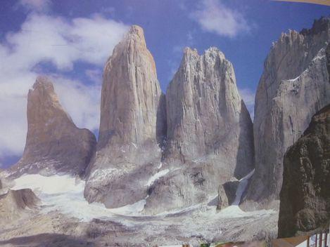 A defaut de voir les Torres en vrai pour cause de mauvais temps, on les voit en poster