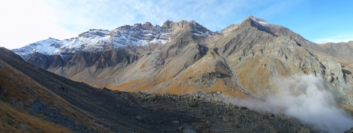 Vue sur les Pointes Haute et Basse de Mary depuis la face sud du Pelvat.jpg