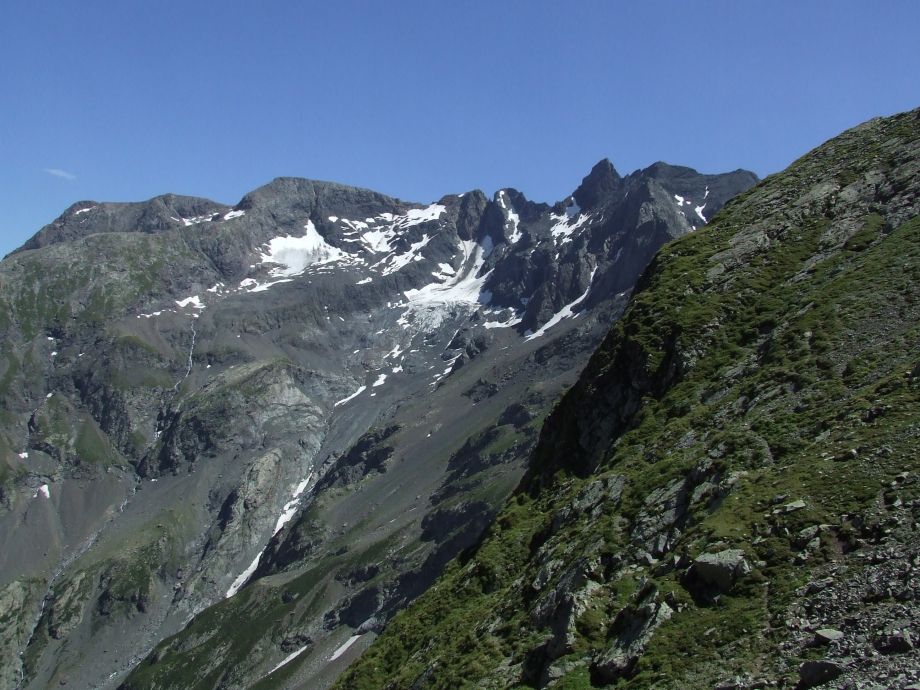 Vue sur le glacier de l'Aup depuis le Col de Fontfroide -  Haute route du Vieux Chaillol - 25.07.07 -1.JPG