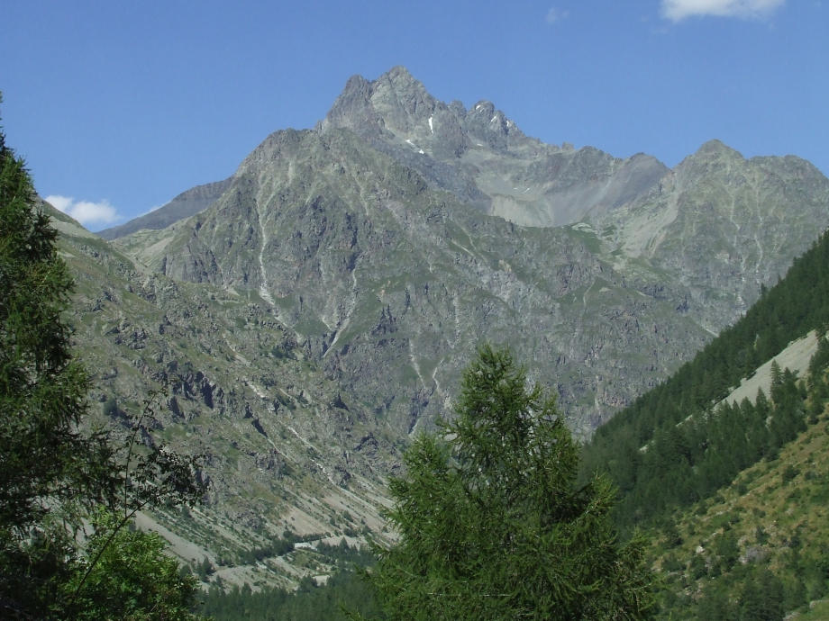 La Vallée de Champoléon et le Sirac -  Haute route du Vieux Chaillol - 26.07.07.JPG