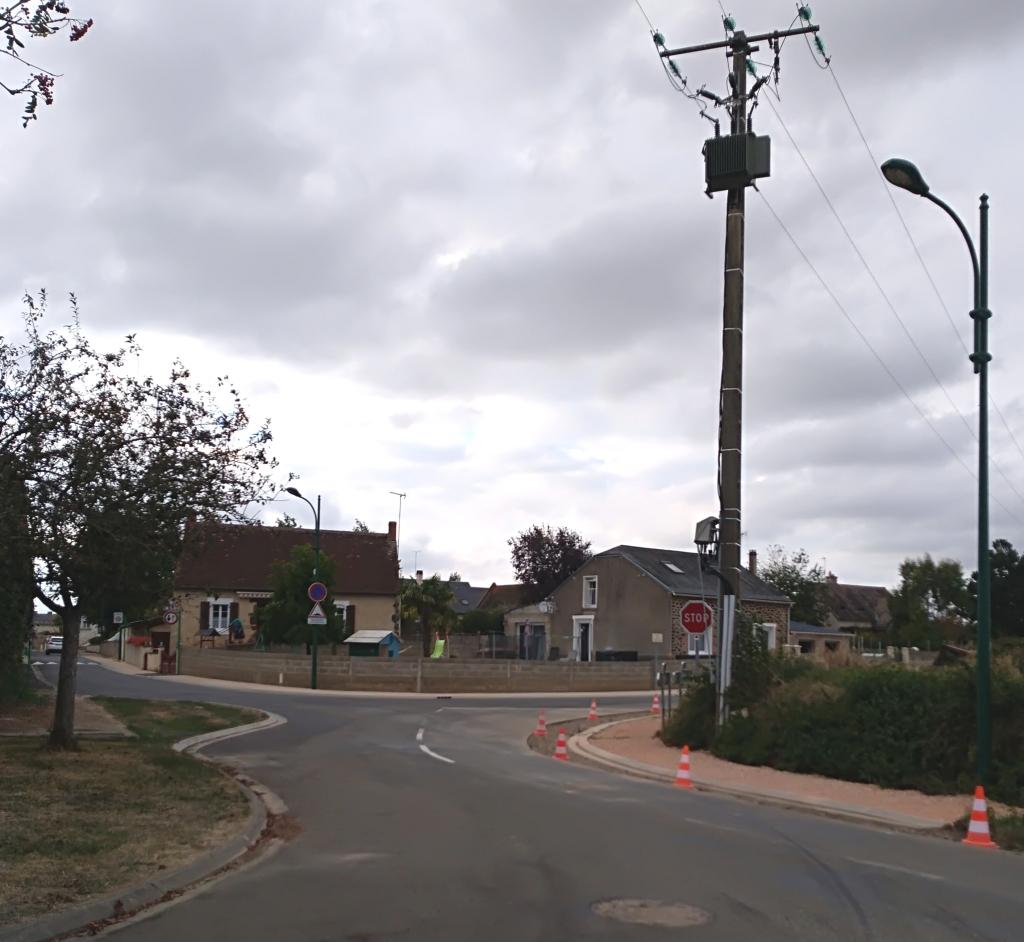 Trottoir route de Mézières.jpg