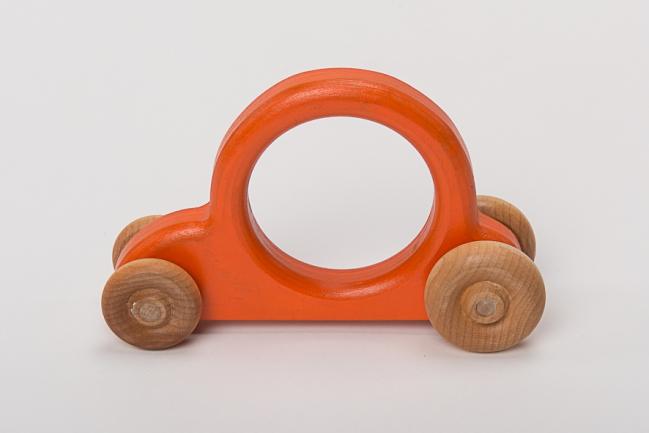 voiture orange.jpg