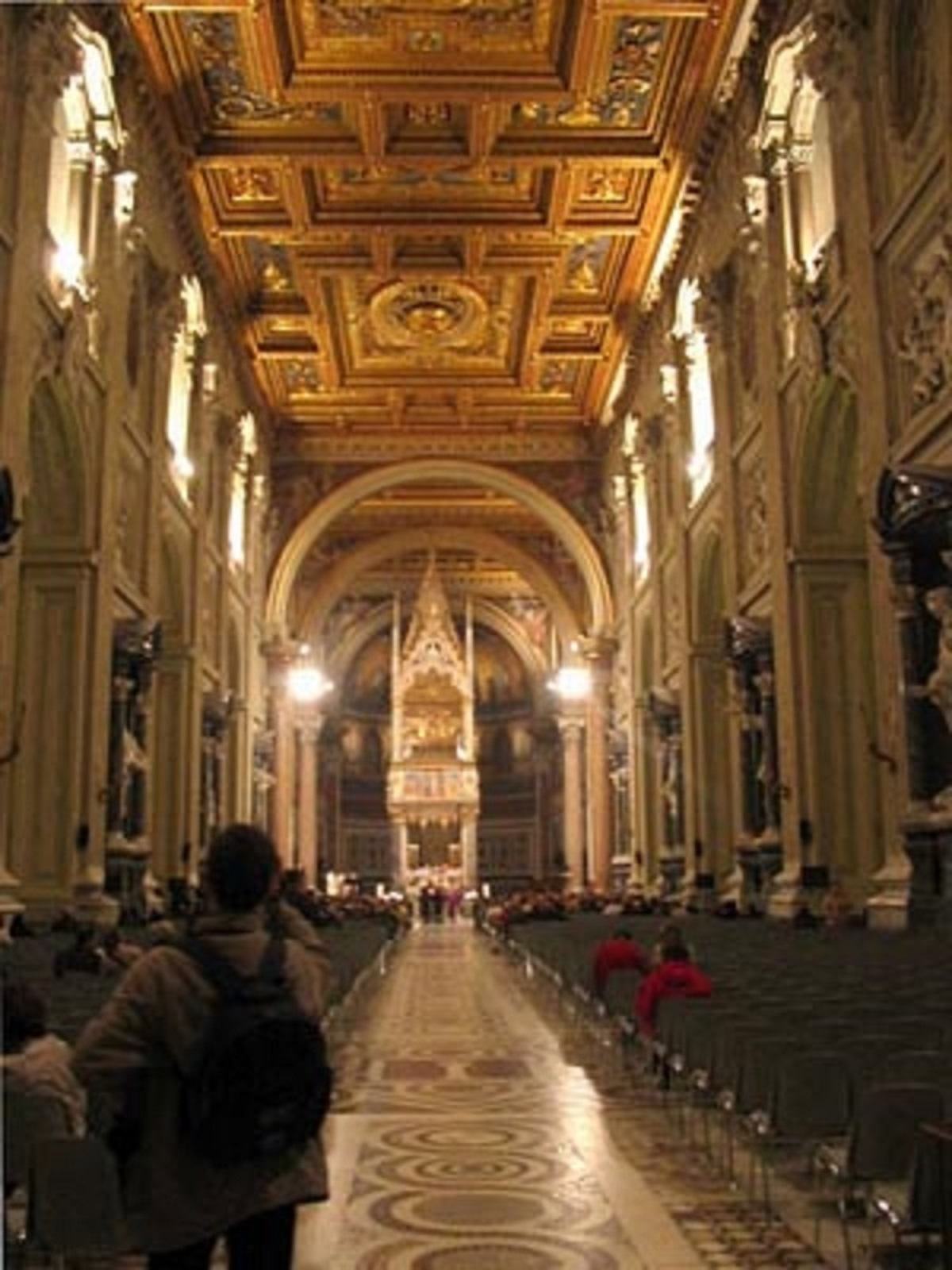 Basilique Saint Jean de Latran.jpg