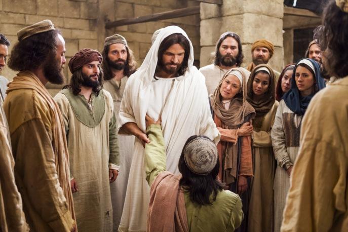 Jésus guérit un paralysé 13.jpg