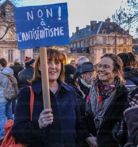 pancarte non antisémtisme.png
