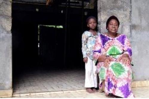 gabon-veuves-orphelins-26-juin-2012.jpg