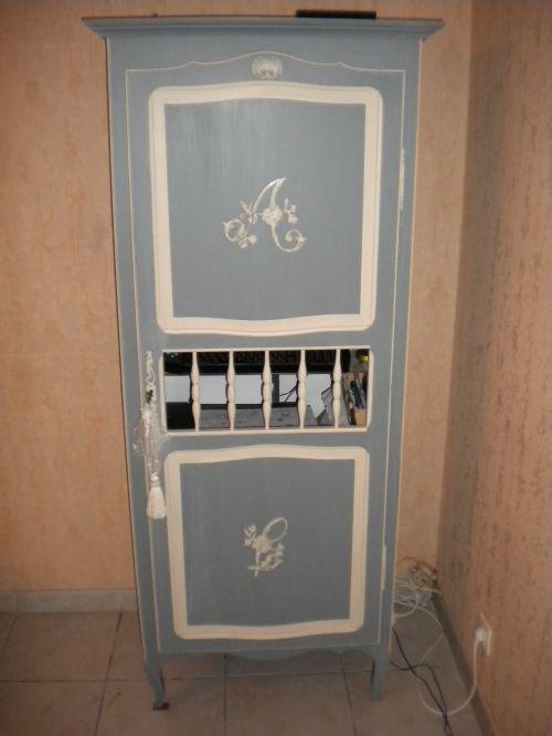 meuble transformé pour l'informatique ( peinture gris gustavien et  argile de chez Li.....).