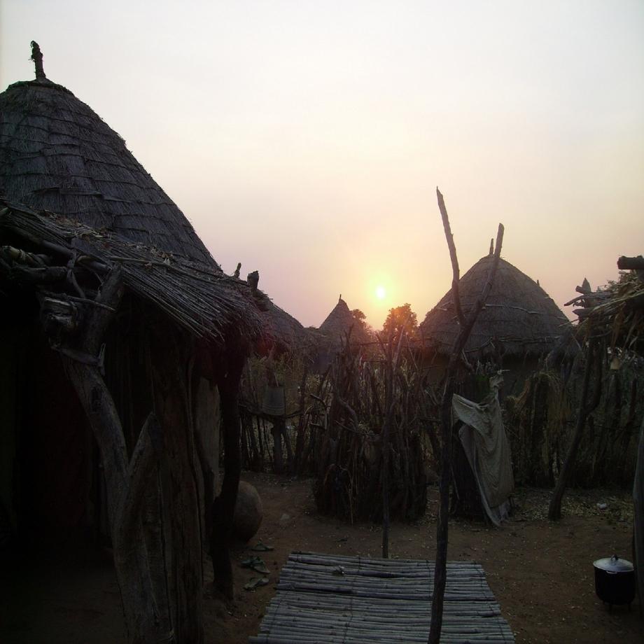 Coucher de soleil sur Guirobé.JPG