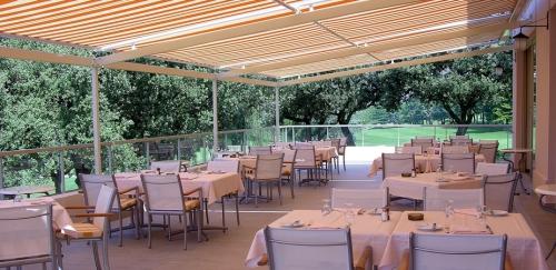 2_Terrasse_Restaurant.jpg