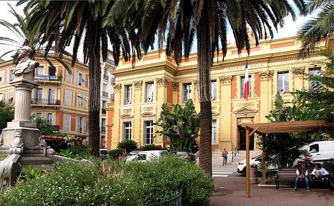 Menton-Hôtel_de_ville-France-gb.JPG