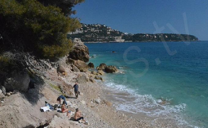 plage-tunnel-roquebrune-cap-martin-1.jpg