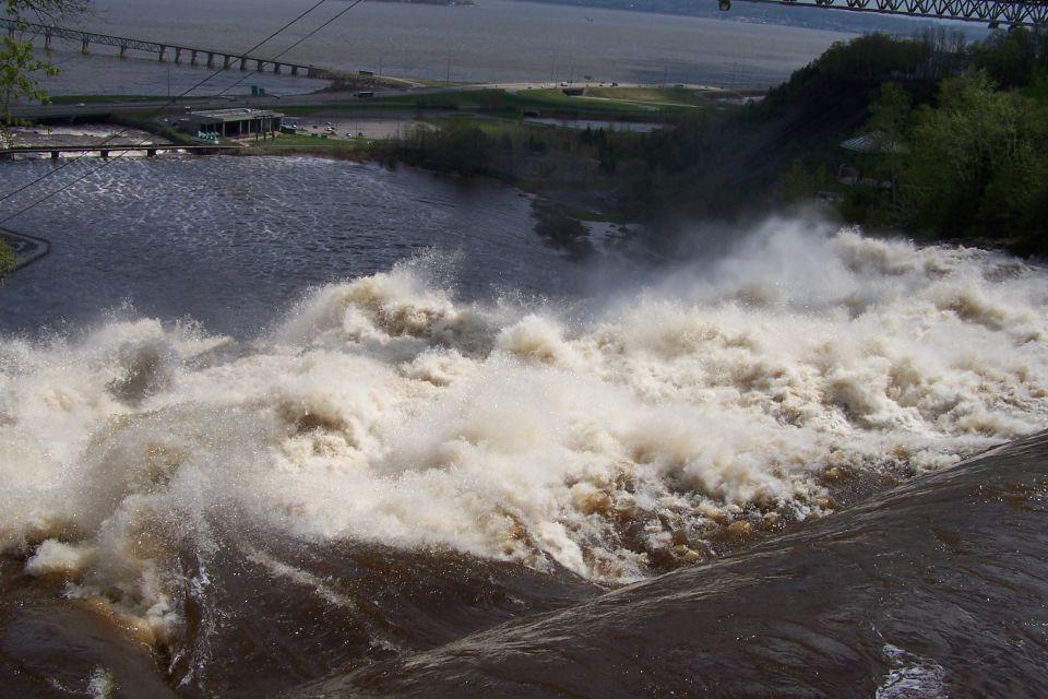 La chute de la rivière Montmorency