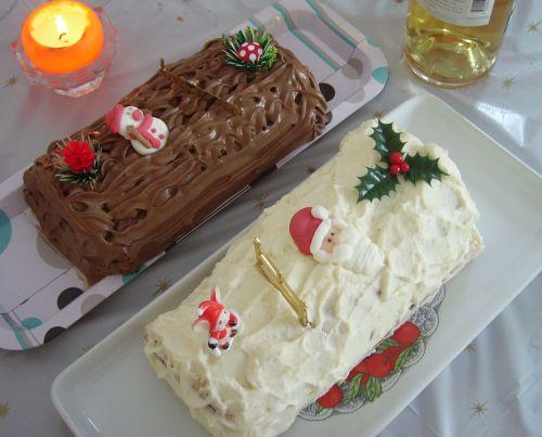 Bûche aux marrons glacé et Chantilly et bûche à la mousse au chocolat